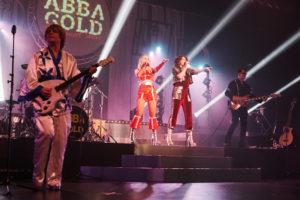 livebild der cover band abba gold